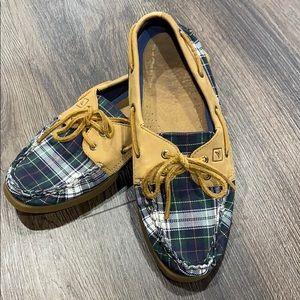 Sperry women's tartan plaid boat shoes